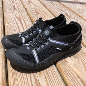 WORN ONCE Jambu JSport Tahoe Max Water Ready Shoes